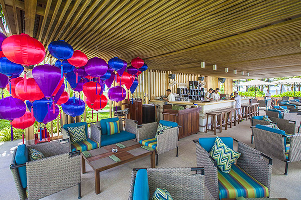 PoolBar-Salinda-Resort-Phu-Quoc.jpg