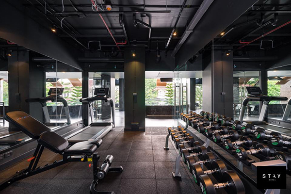 Stay-Hotel-Bangkok-gym.jpg